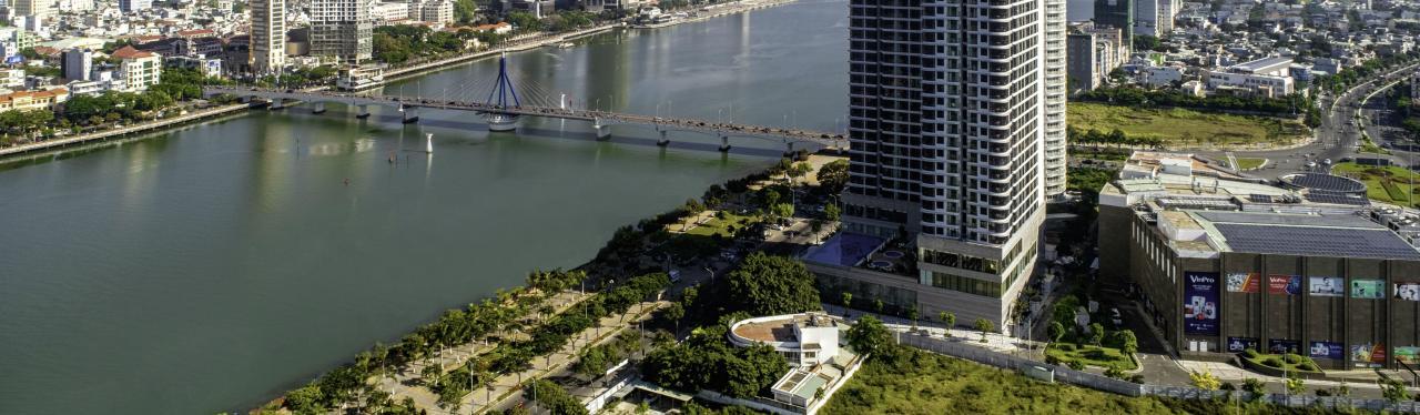 khách sạn vinpearl riverfront đà nẵng