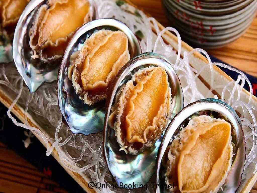 Bào ngư dùng chế biến các món ăn bổ dưỡng như cháo Bào ngư; súp Bào ngư