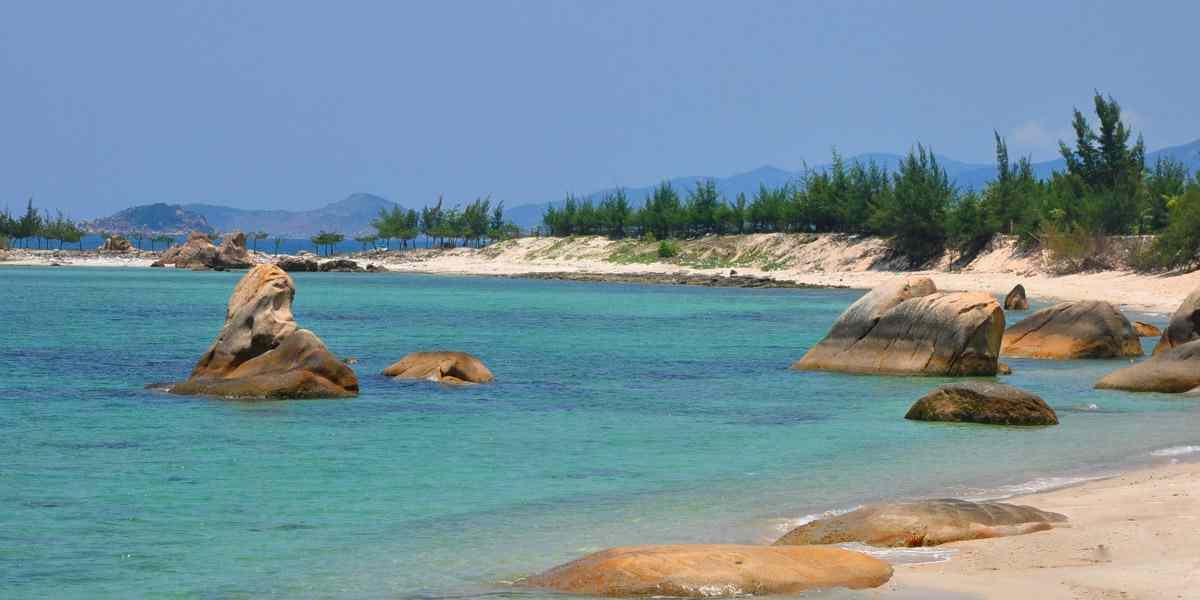 Biển Bình Lập
